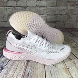NIKE Epic React Flyknit Pearl Pink/Barely Rose